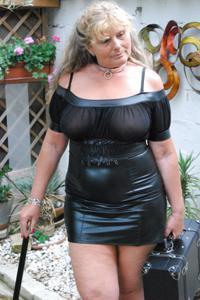 Старая секс бомба Анджела - фото #28