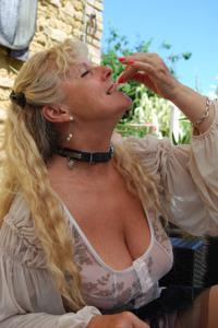 Старая секс бомба Анджела - фото #36