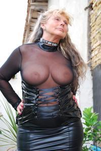 Старая секс бомба Анджела - фото #4