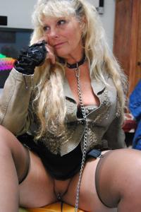 Старая секс бомба Анджела - фото #48
