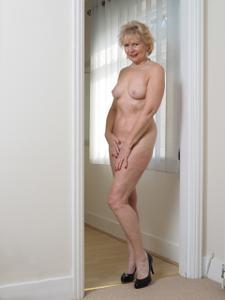 Старушка Энджи - фото #21