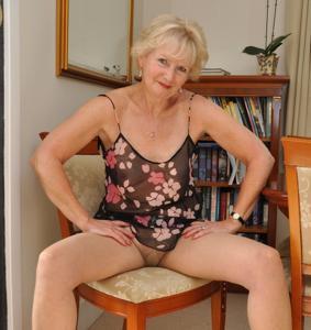 Старушка Энджи - фото #25
