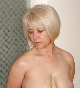 Зрелая блондинка Дана - фото #11