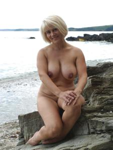 Зрелая блондинка Дана - фото #21