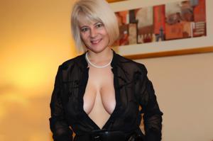 Зрелая блондинка Дана - фото #32