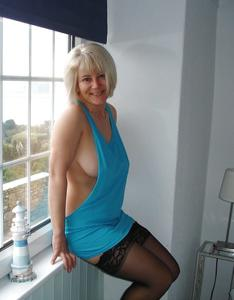 Зрелая блондинка Дана - фото #5