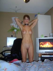 Худая рыжая женщина дает во все дырки - фото #21