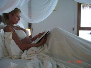 Роскошная женщина недавно вышла замуж - фото #4