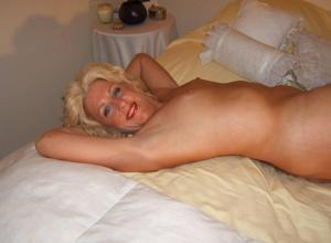 Стриптиз 50-летней блондинки - фото #19
