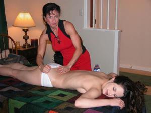 Сильная массажистка выебала девушку - фото #12