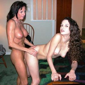 Сильная массажистка выебала девушку - фото #15