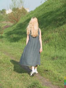 Ирена гуляет голышом - фото #3