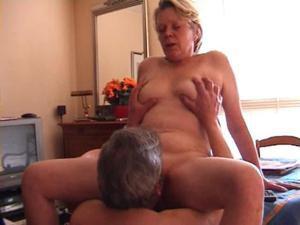 Порно старой пары - фото #29