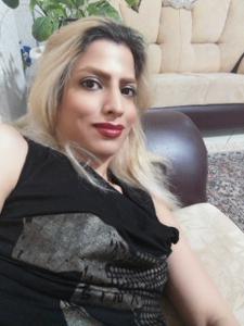 Девушка из Ирана спокойно сосет и ебется с двумя - фото #6