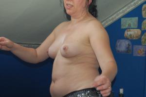 Зафиксировал голую жену на камеру - фото #18