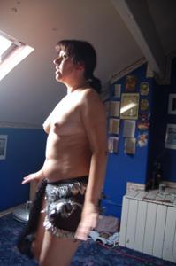 Зафиксировал голую жену на камеру - фото #8