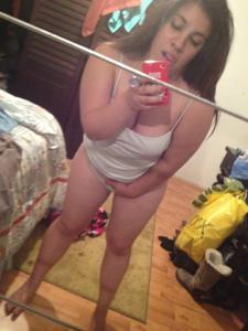 Мясистая киска латинской женщины - фото #8