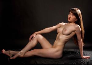 Фитоняшка Руслана с торчащими сосками - фото #15