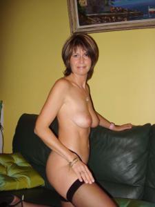 Миловидная домохозяйка - фото #9