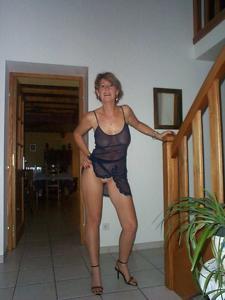 Смазливая жена бизнесмена - фото #12