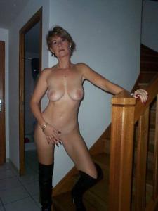 Смазливая жена бизнесмена - фото #7