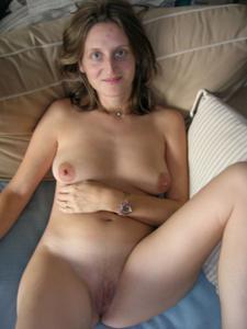 Клаудина любит мастурбацию, ничего с этим не поделать - фото #12