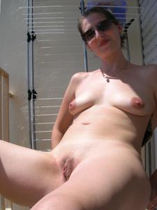 Клаудина любит мастурбацию, ничего с этим не поделать - фото #9