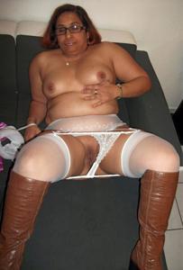 Оголение толстой арабки - фото #16