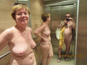 Счастливые похотливые заграничные пенсионеры - фото #5