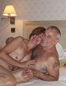 Счастливые похотливые заграничные пенсионеры - фото #8