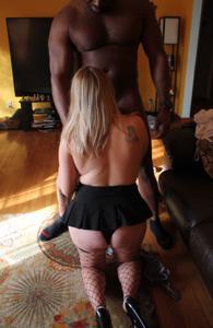 Эшли балдеет от межрассового секса - фото #20