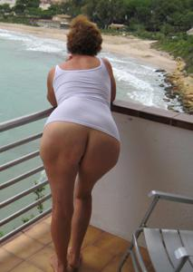 Разоткровенничалась в отпуске - фото #1