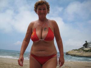 Разоткровенничалась в отпуске - фото #34