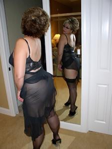 Крупные сиськи взрослой женщины - фото #14