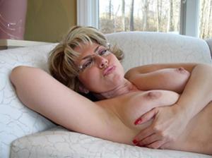 Крупные сиськи взрослой женщины - фото #18