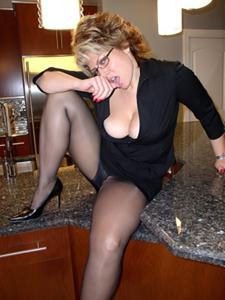 Крупные сиськи взрослой женщины - фото #2