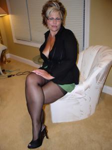 Крупные сиськи взрослой женщины - фото #35