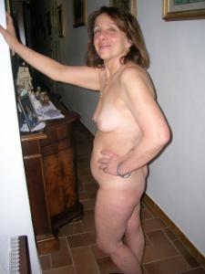 Зрелая итальянка Даниэла - фото #26