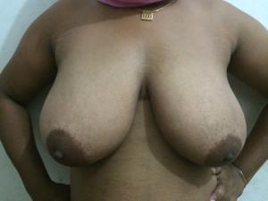 Голые индуски - фото #9