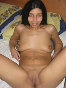 Арабская киска с обвисшей грудью - фото #14