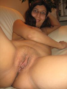 Арабская киска с обвисшей грудью - фото #4