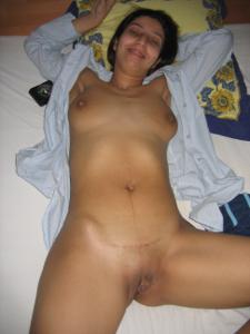 Арабская киска с обвисшей грудью - фото #40