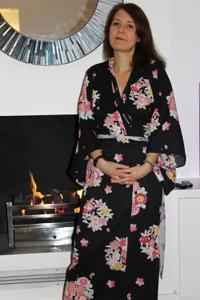 Голая женщина со стоячими сосками - фото #25