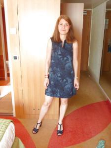 Голая женщина со стоячими сосками - фото #28