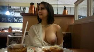 Какие тити у девчули!!! - фото #7