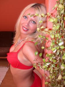 Блондинка любит сперму - фото #10