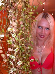 Блондинка любит сперму - фото #19
