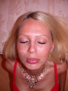 Блондинка любит сперму - фото #5