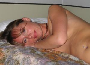 Эта женщина знает как возбуждать - фото #27