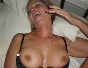 Дама с силиконом любит сперму - фото #10